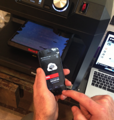 MakerBot Mobile 3D printing image